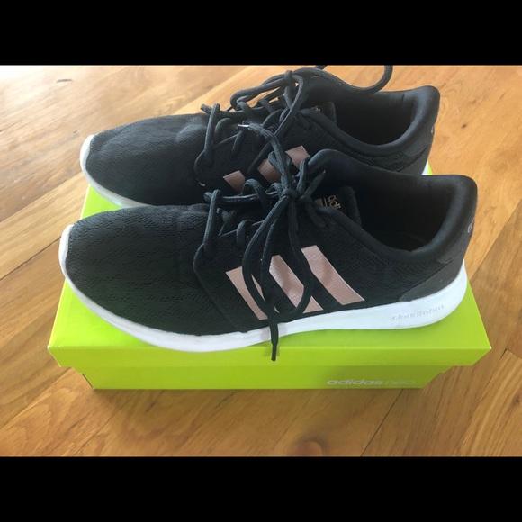 official photos cf406 44b44 adidas Shoes - Like New Adidas Cloudfoam QT Racer BlackCopper 7